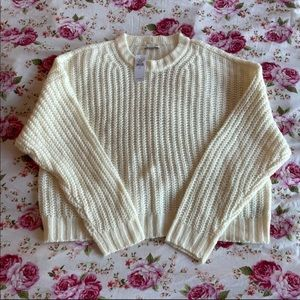 AEO - Cream Crewneck Knitted Cropped Sweater
